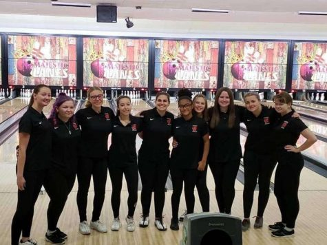 Woodbridge Girls Bowling team at the Marisa Tufaro bowling tournament. They raised over $3,600.